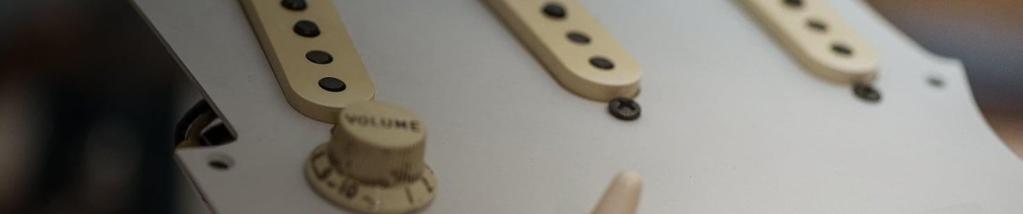 Vintage Stratocaster Pickguard 11024 04 Banner
