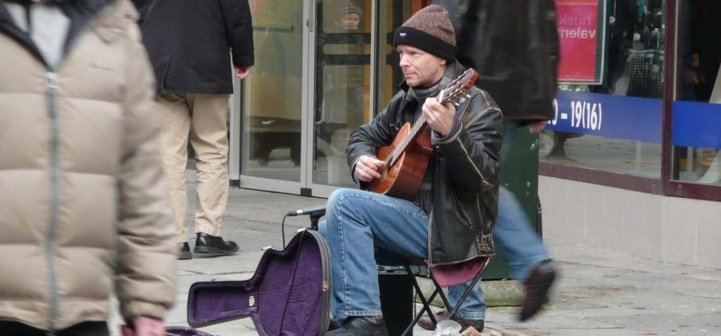 street musician2 1024x768