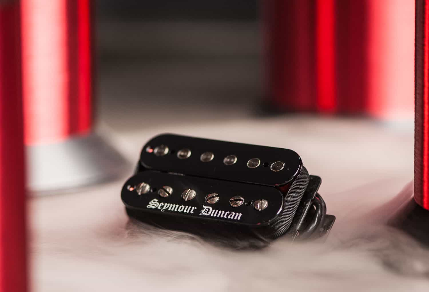 High Output Passive Humbuckers for Metal 11102 91 B lifestyle